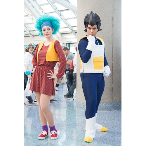 dragon ball cosplay anime expo bulma vegeta dbz