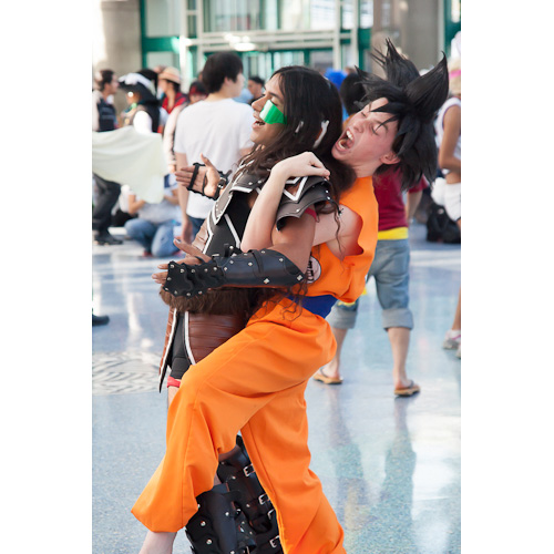 goku holds raditz dragon ball z cosplay