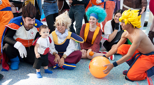 baby vegeta goku bulma dragon ball cosplay anime expo